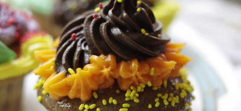 Πολύχρωμα, εντυπωσιακά και νόστιμα cupcakes