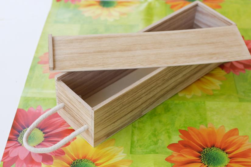 Ένα όμορφο κουτί από ξύλο που με περιμένει!