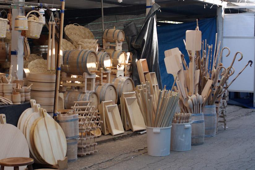 Τα λατρεύω τα ξύλινα αξεσουάρ!