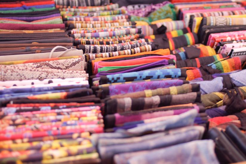 Έθνικ θήκες για καπνό και πορτοφόλια σε όλα τα χρώματα