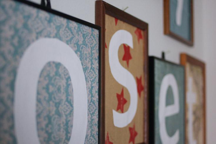 Το S είναι για το star από ένα παλιό, χειροποίητο χαρτί περιτυλίγματος