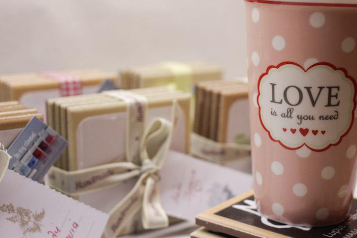 Αγάπη και δωράκια για τους φίλους μας
