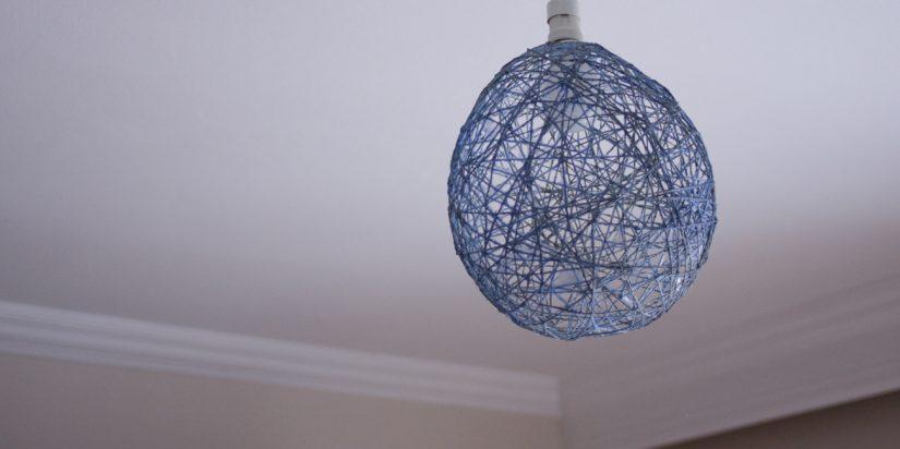 Φωτιστικό οροφής με σχοινί και σπάγκο