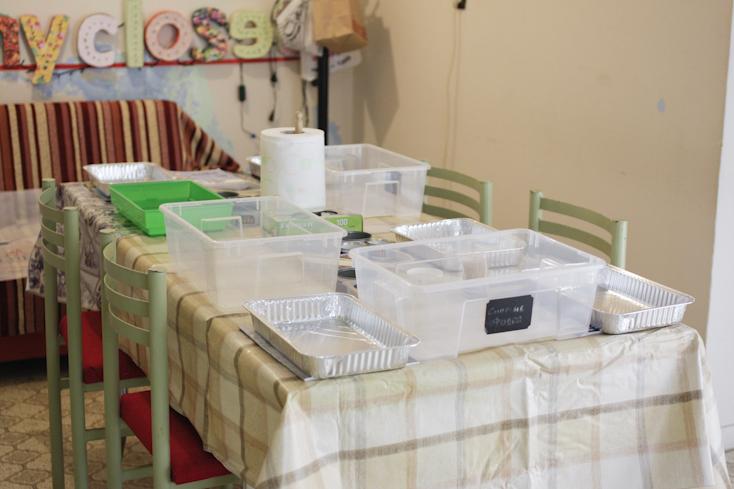 Η κουζινούλα ετοιμάστηκε επιμελώς για τους πειραματισμούς μας